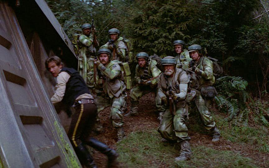 Endor-soldiers.jpg.a68dff0e8863570432a14bea0e1f2fdd.jpg