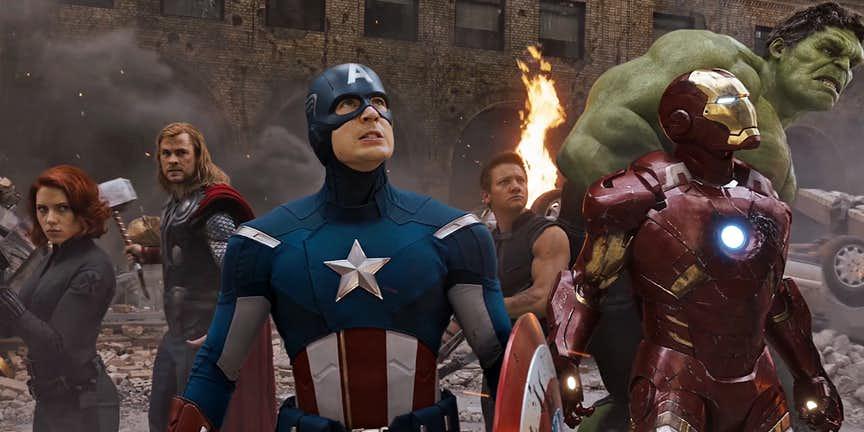 Avengers-2012.jpg.b64986fbe915406f8675231b01ce6ee5.jpg