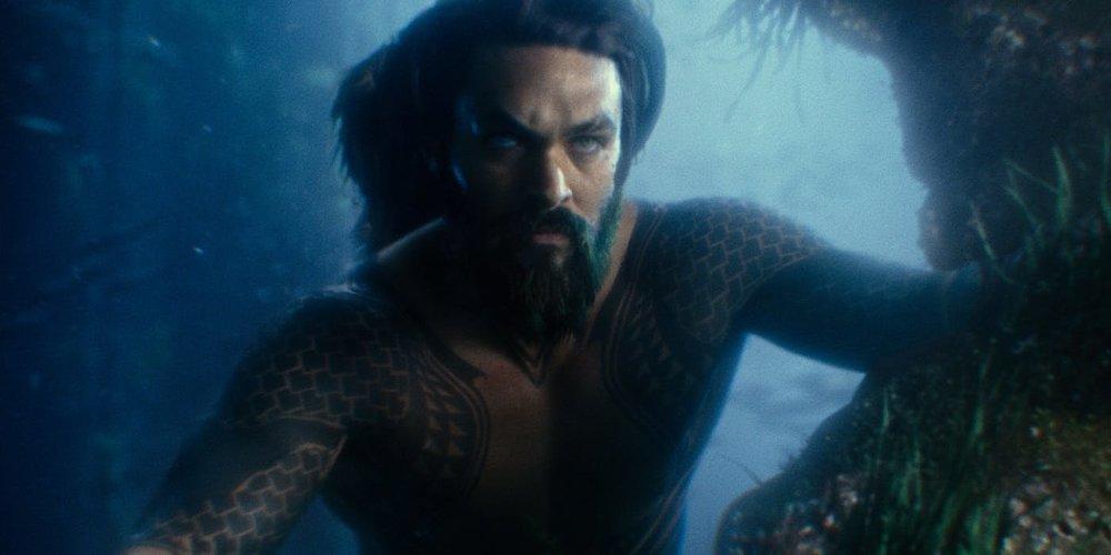 Aquaman-Jason-Momoa.thumb.jpg.6e919fd607c4bae5e4614963ab03dd95.jpg