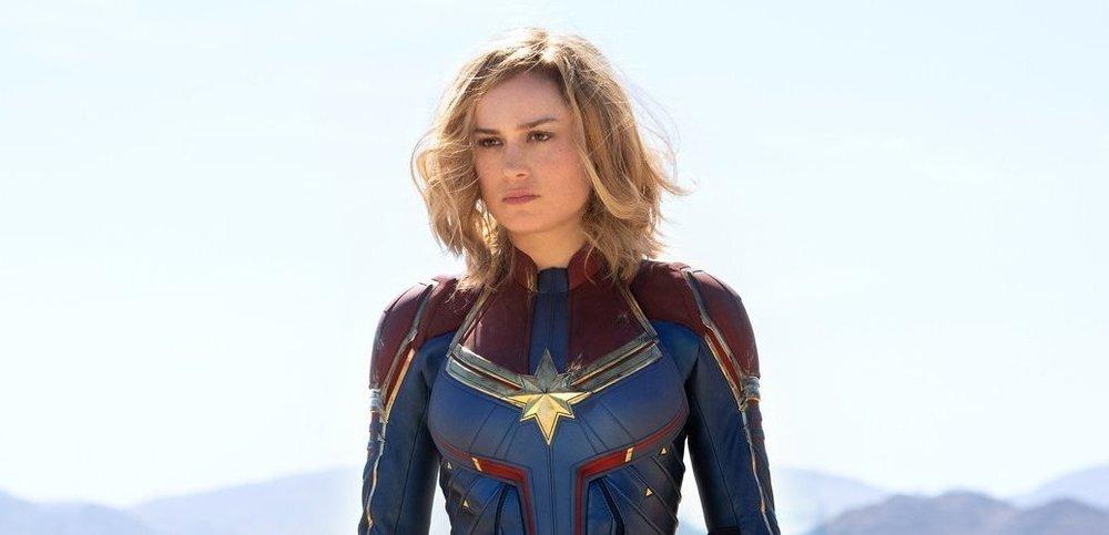 captain-marvel-first-look-costume-1132013.thumb.jpeg.eff282ca3347dcb5a315614cf5e563b8.jpeg