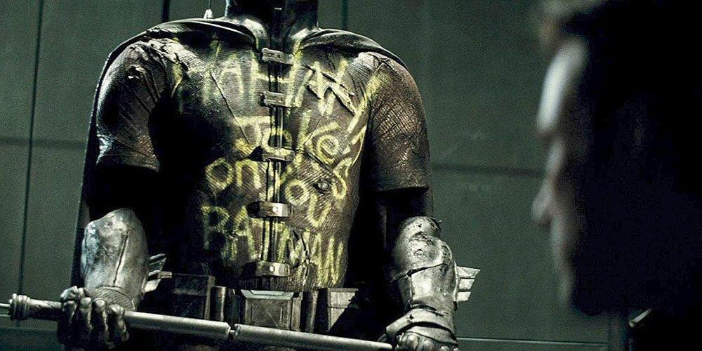 robin-batman-v-superman.thumb.jpg.523e748efd83f888059fdd6f30bc548b.jpg