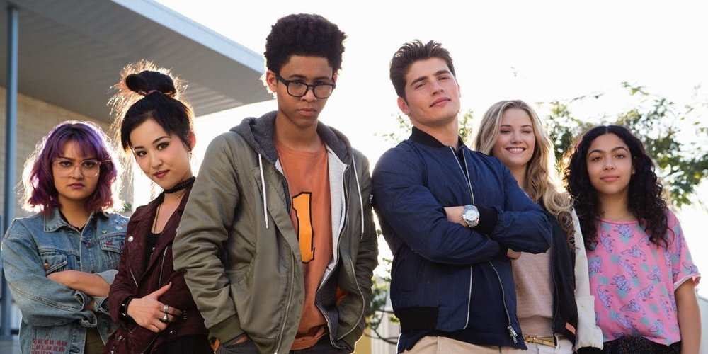 runaways-cast.thumb.jpg.c8f5f51dcc46d6119818f73add99a1fe.jpg